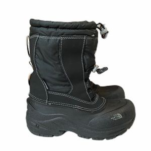 North Face black snow boots